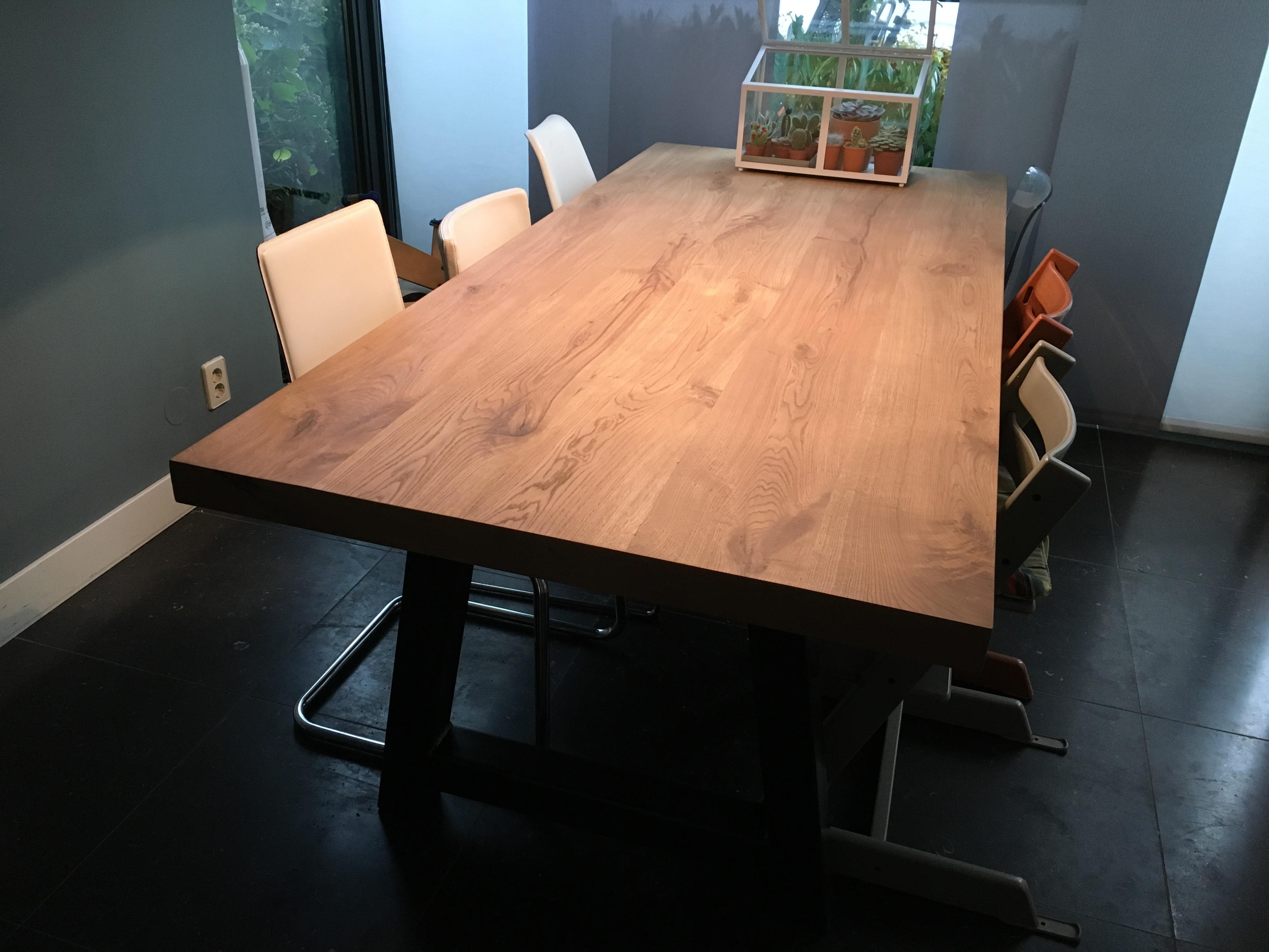 Eiken tafel lakken of olien massief eiken tafel dto onbehandeld x