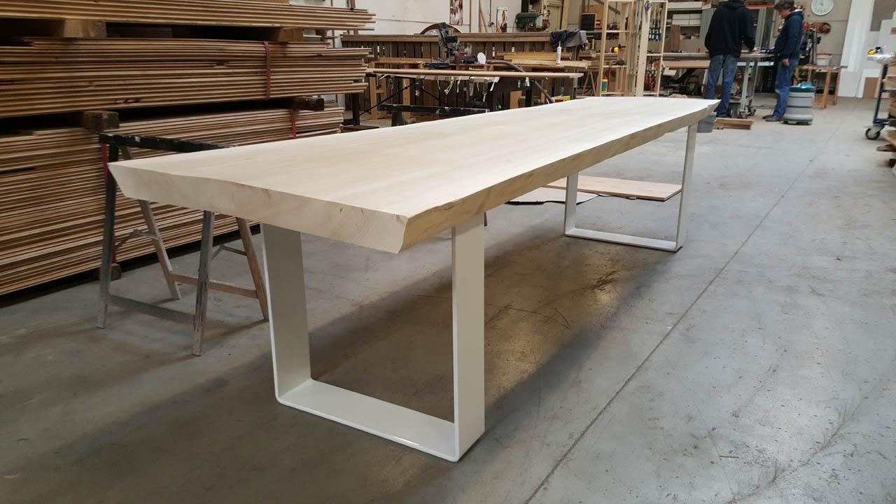 Toffe tafels massieve boomstamtafels for Schreibtisch 3 meter lang