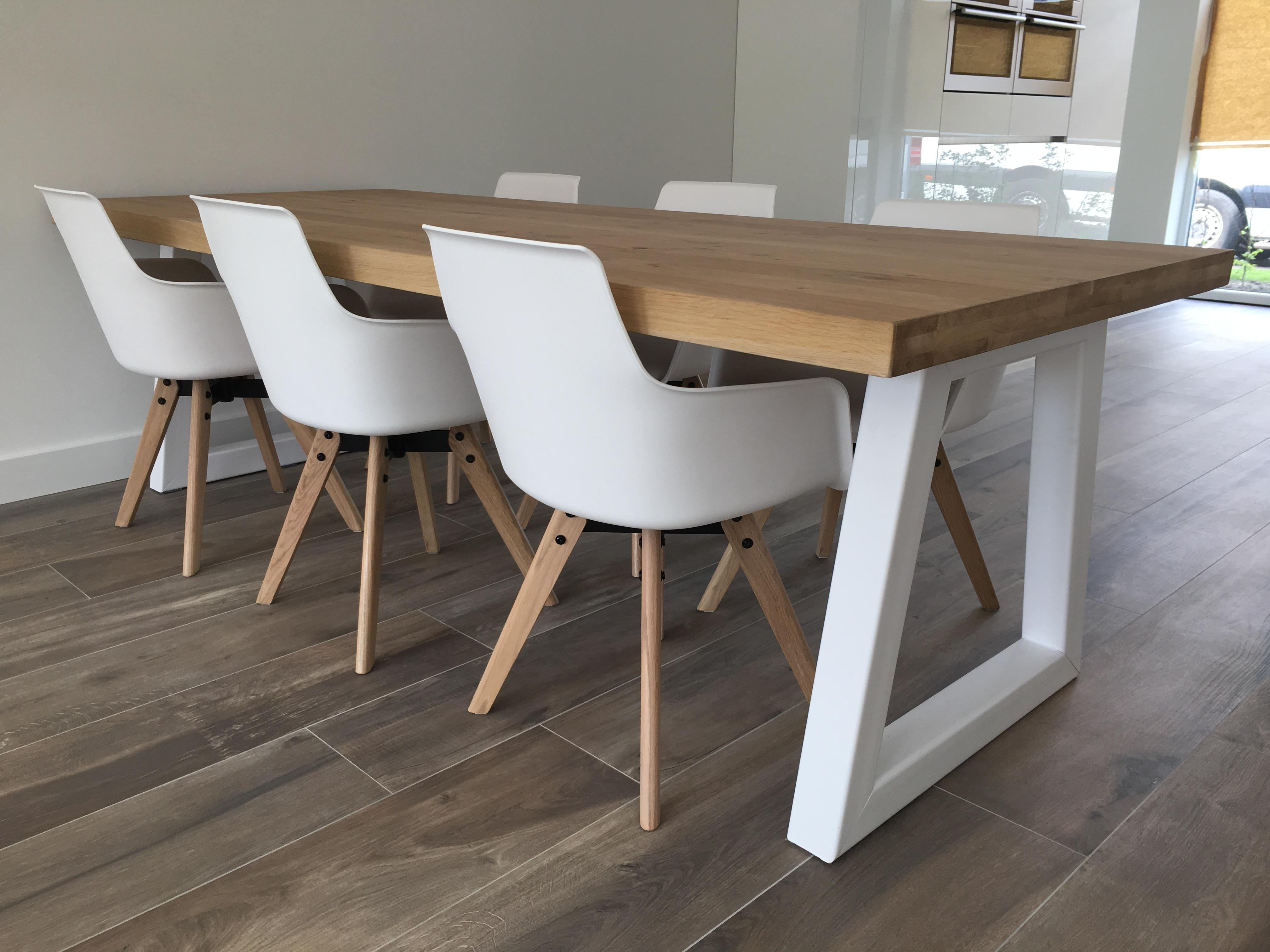 Wit Eiken Tafel : Toffe tafels strakke eettafels